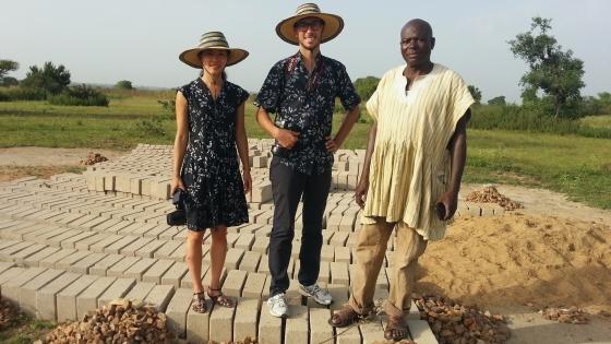 LOF - Etsuko and Giorgio on the bulding site